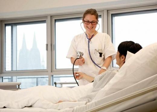 Patientenzimmer Hernienzentrum Koeln